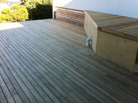 PINE CLEARS DECKING